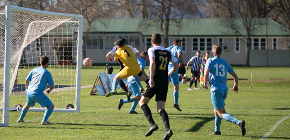 Unbeaten weekend as Swifts enter season's twilight